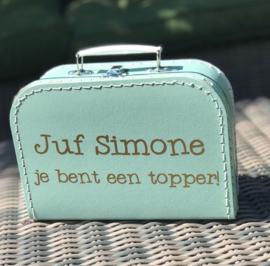 koffertje als cadeau voor een juf of meester. Ontwerp 2