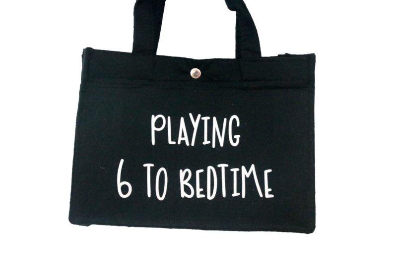 Vilten tas mini  'Playing 6 to bedtime'