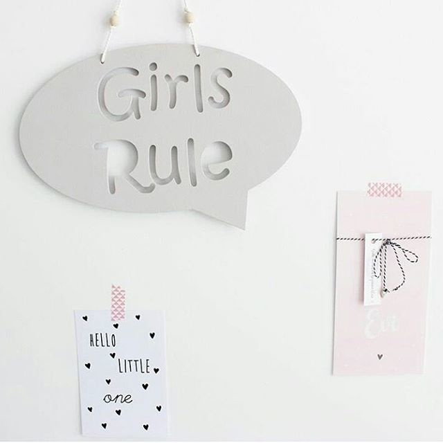 Houten hanger ´Girls Rule´
