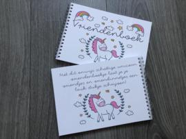Unicorn vriendenboekje