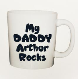 Mok my daddy rocks