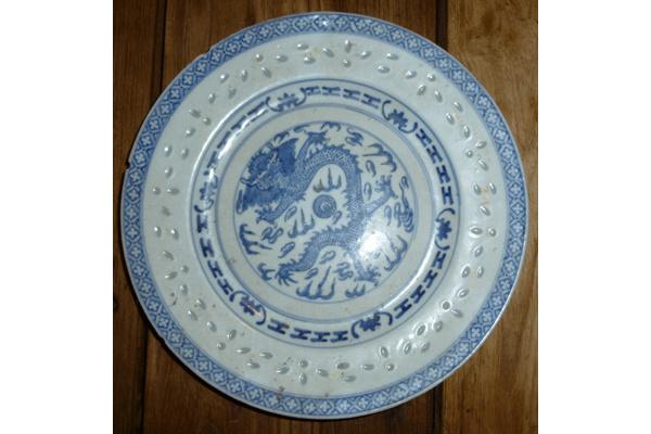 Chinees drakenbordje Wit/blauw antiek