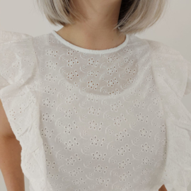 Broderie blouse ruffle