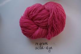 009 | Pink