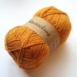 730   Kastanje in de herfst, 100 gram wol uit Estland