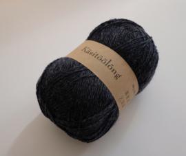 470 | Middernachtblauw, 100 gram wol uit Estland