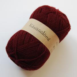 575   Bordeauxrood / Paars, 100 gram wol uit Estland