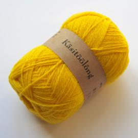 710   123 Geel, 100 gram wol uit Estland