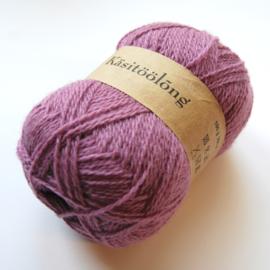 520 | Grijze lichtpaars, 100 gram wol uit Estland