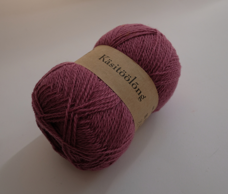 253 | Bietje, 100 gram wol uit Estland