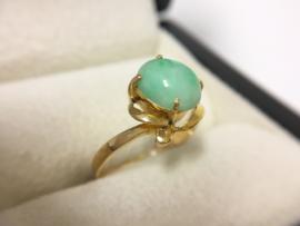 Handvervaardigd Antiek Gouden Ring Cabochon Jadeiet