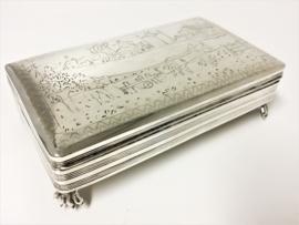 Zilveren Tabaksdoos / Lepeldoos Boeren Tafereel - 1851 Schoonhoven