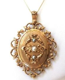Antiek 18 K Gouden Medaillon Zaadparels - 8,4 g