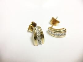 14 K Gouden Oorstekers Briljantgeslepen Diamant