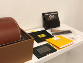 Breitling Navitimer 01 Limited Edition 1000 Full Set - 46 mm