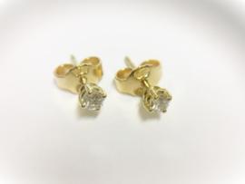 14 K Gouden Oorstekers 0.14 crt Brijlantgeslepen Diamant H/VS1