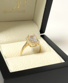 14 K Gouden Solitair Dames Ring Emerald Cut Cubic Zirkonia