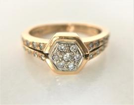 18 K Antiek Gouden Handvervaardigd Ring - 0.35 crt Diamant