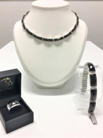 Set - Zilver met Facetgeslepen Onyx - Collier Armband Ring