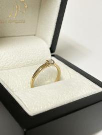 14 K Gouden Solitair Ring 0.10 crt Briljant Geslepen Diamant - H / VS1