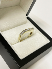 14 K Gouden Slag Ring Briljant Geslepen Heldere Zirkonia