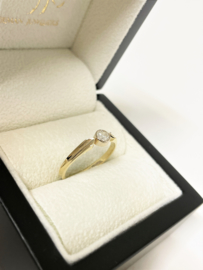 14 K Gouden Solitair Ring 0.25 crt Briljant Geslepen Diamant G / VVS1