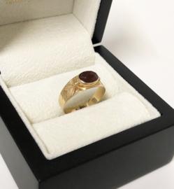 14 K Antiek Gouden Gravé Band Ring Facet Geslepen Granaat