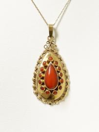 Handvervaardigd Antiek Gouden Hanger Bloedkoraal - 4,5 cm