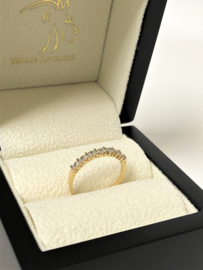 Antiek 14 K Gouden Rijring 0.07 crt Briljantgeslepen Diamant H/ VS2-SI