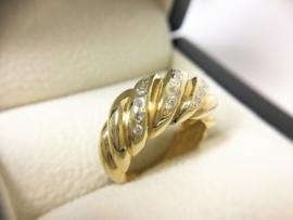 18 K Gouden Band Ring ca 0.20 crt Briljantgeslepen Diamant