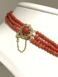 Set - Antiek 3-Rijig Bloedkoralen Collier Met  Armband Gouden Siersluiting