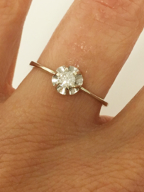 14 K Witgouden Rozet Ring 0.18 crt Briljantgeslepen Diamant