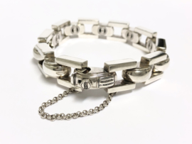 Buddha to Buddha Batul Zilveren Schakel Armband - 21 cm