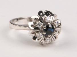 14 K Witgouden Rozet Ring Saffier / Briljantgeslepen Diamant