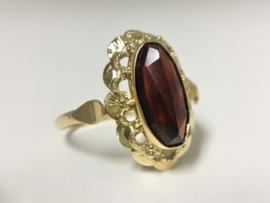 Antiek 14 K Gouden Ring Facetgeslepen Granaat