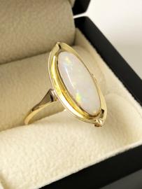 Antiek Gouden Markies Ring Witte Opaal (Ovaal)