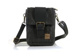 zwart gevlochten schoudertasje