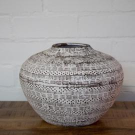 bohemian aardewerk pot