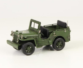 A TIN MODEL OF A WILLYS MB ARMY JEEP