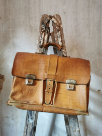 Lederen boekentas