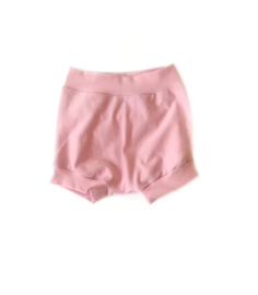 Korte broek roze