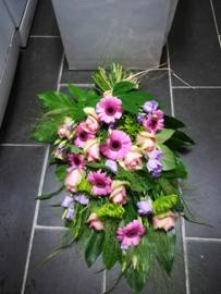 Rouwboeket fris groen en zacht paars luxe (zoals foto)