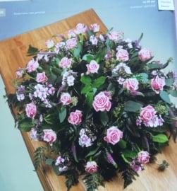 Rouwstuk Roze biedermeier (zoals foto )