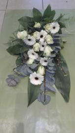 rouwboeket wit (op foto klein formaat)