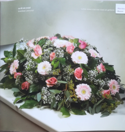 Rouwstuk (zacht)Roze lang/ovaal (op  foto middel formaat)