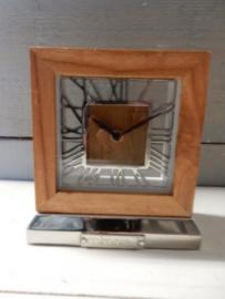 Staande klok H 15x 14cm hout metaal Colmore