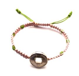 Geluksarmband tweekleurig roze met groen