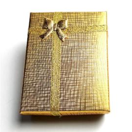Kartonnen cadeaudoosjes  goud