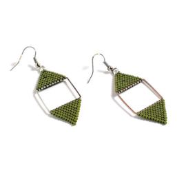 Delica11 oorbellen geometrie-zilver mos groen