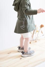 Vestje met cappuchon | Naam handgeschreven